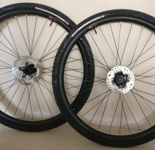 carbon gravel rims
