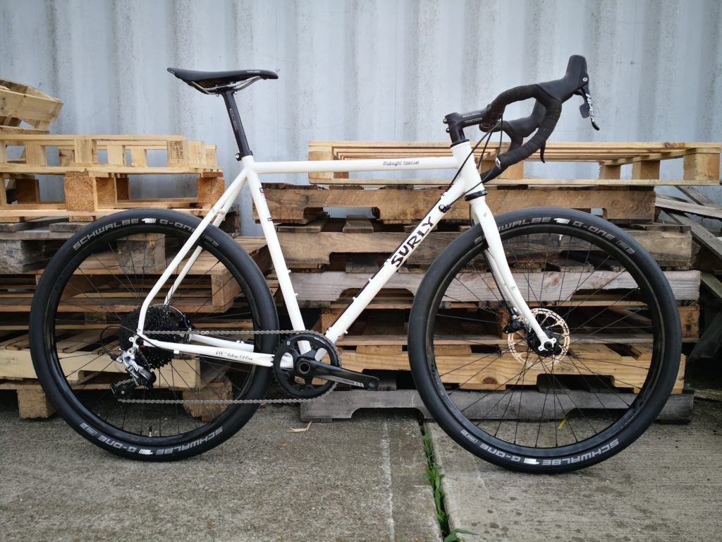 Review Surly Midnight Special 650b Road Plus Bike