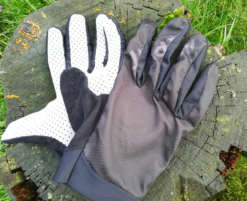 Alpkit Comet Gloves on Log