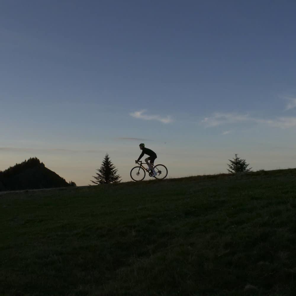 further mason cycles - cycling at dusk