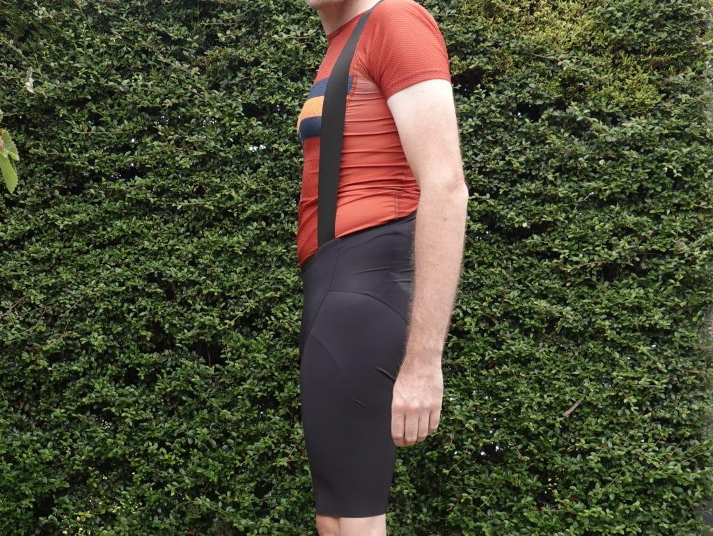 Low cut waist
