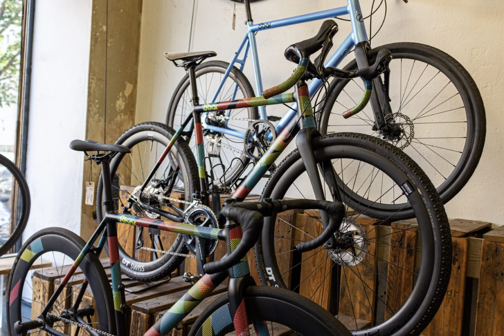 8bar bikes on display