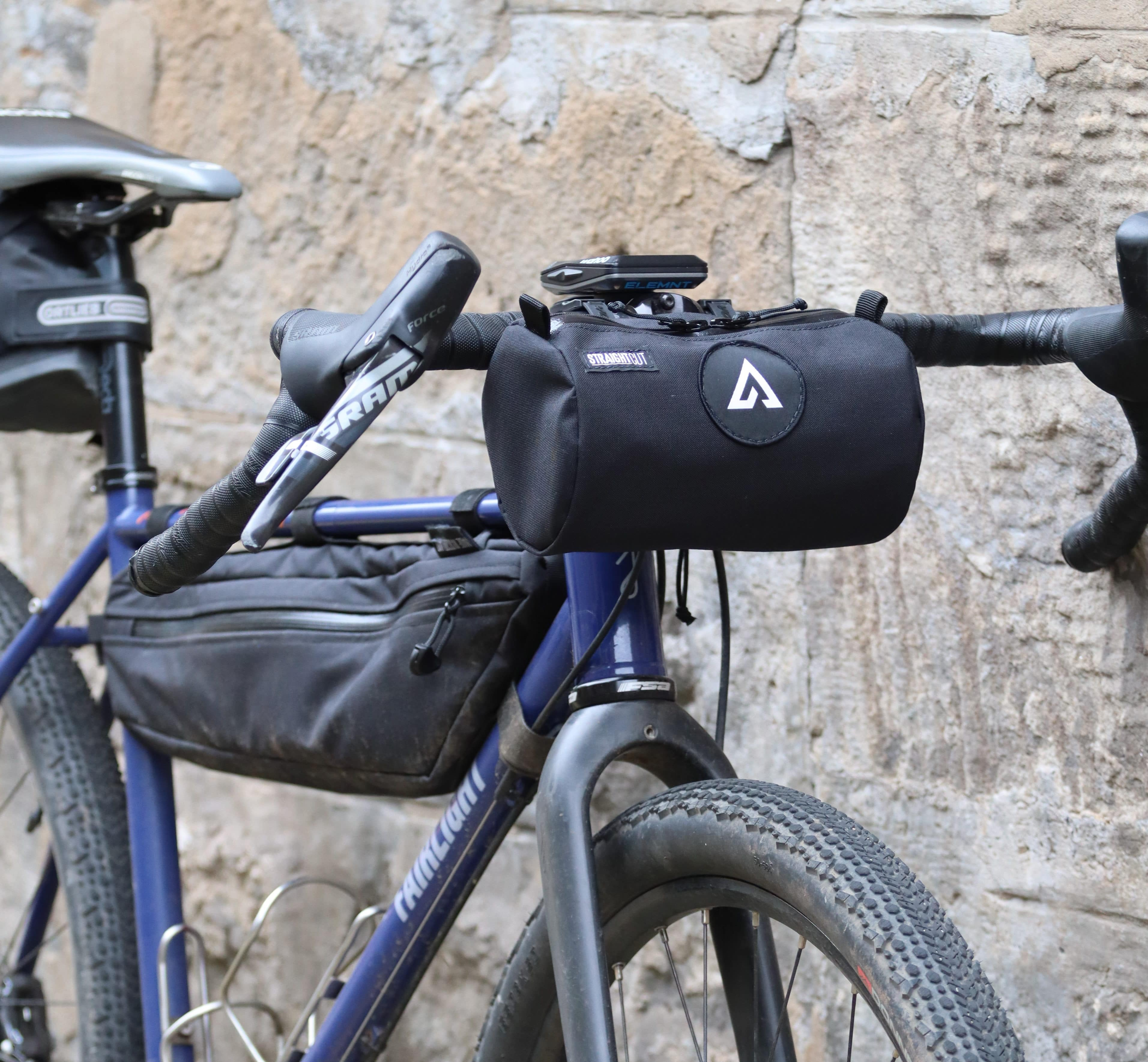 One-off ADVNTR Bagel Bag mounted to the handlebars of a Fairlight Secan