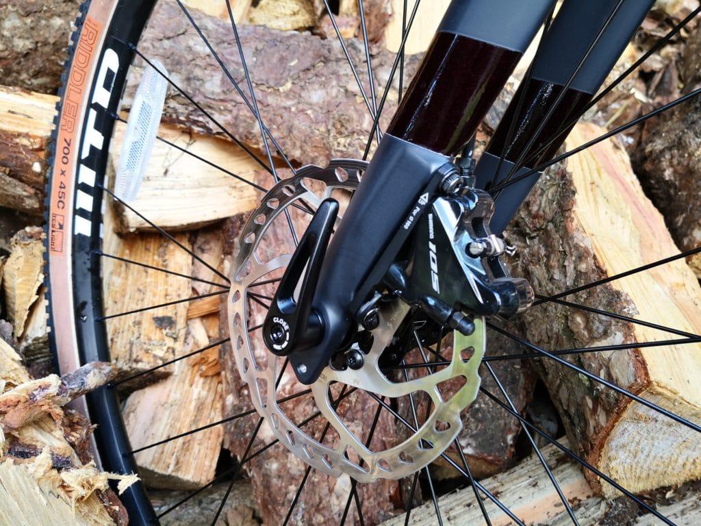 12mm thru-axle on the Arkose fork