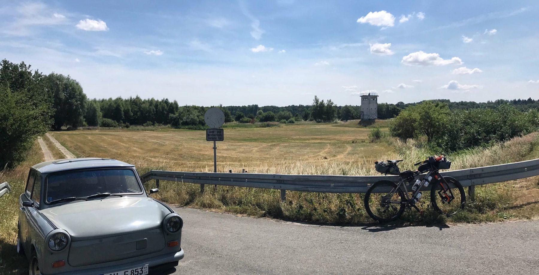 Grenzsteintrophy - bikes, trabants and watchtowers