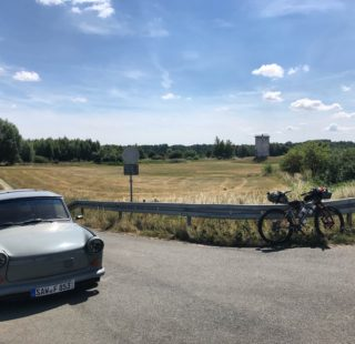 Grenzsteintrophy - bikes, trabants and watchtowers