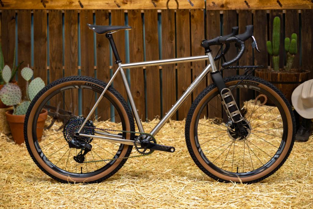 Horse Cycles ENVE Build