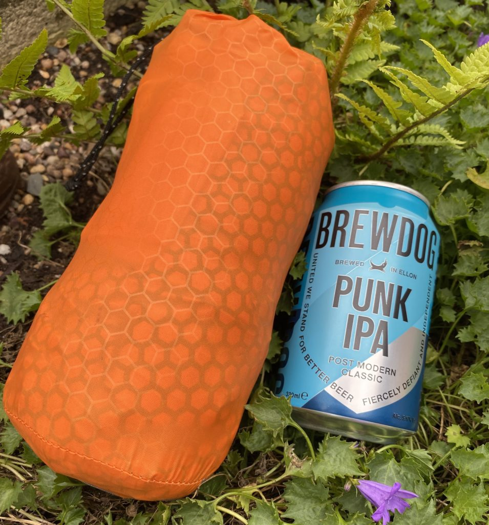 Exped SynMat HL M and a can of Brewdog