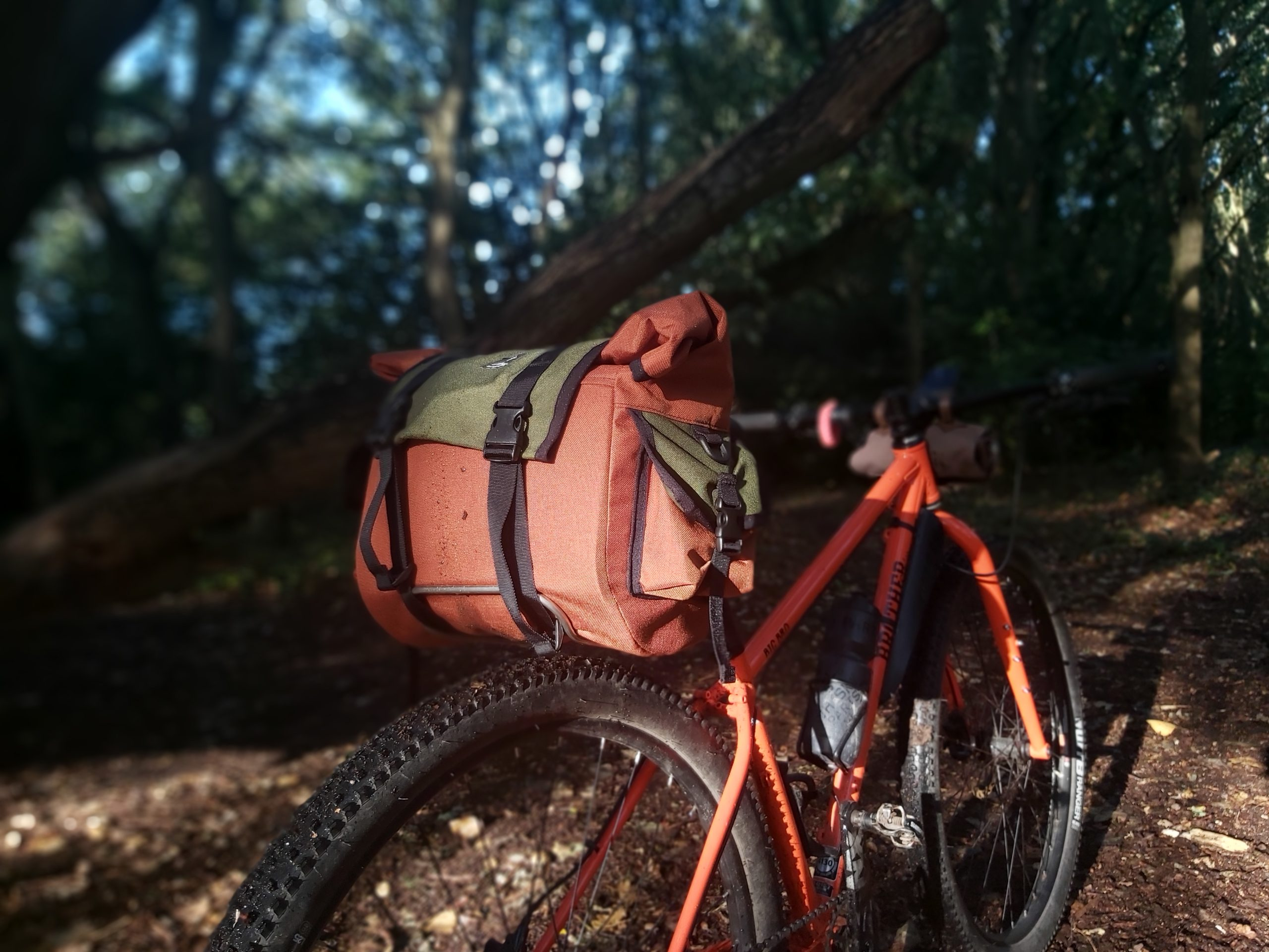 Shazam! Saddle bag Taylor Doyle