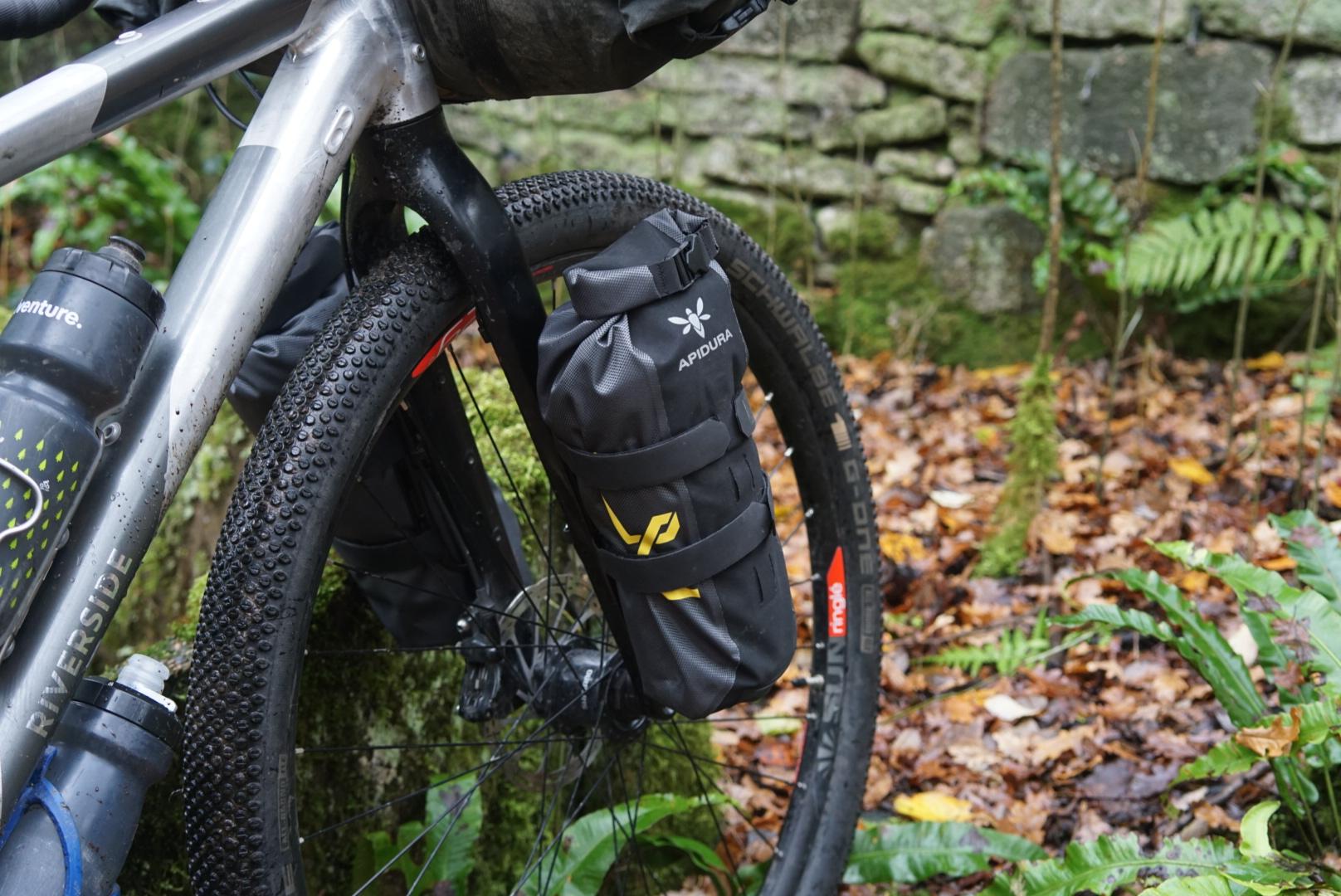 Apidura fork packs Riverside 920 Touring Trekking Bikepacking Decathlon Cheap Budget