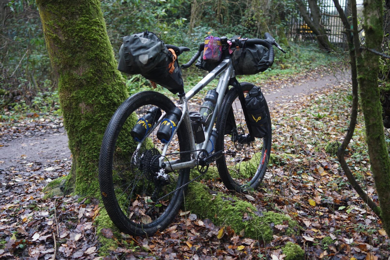 Riverside 920 Touring Trekking Bikepacking Decathlon Cheap Budget