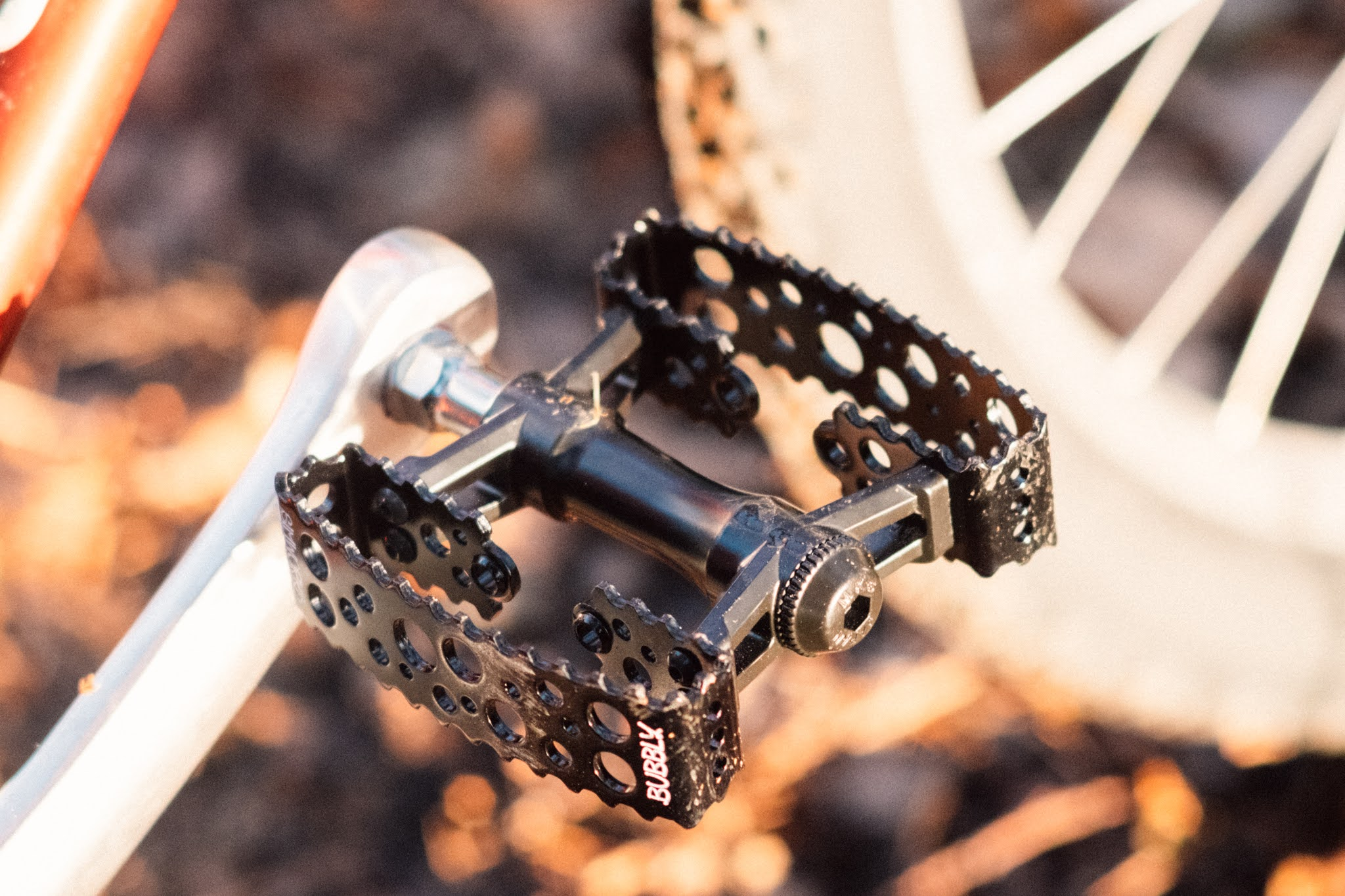 SimWorks Bubbly pedals MKS