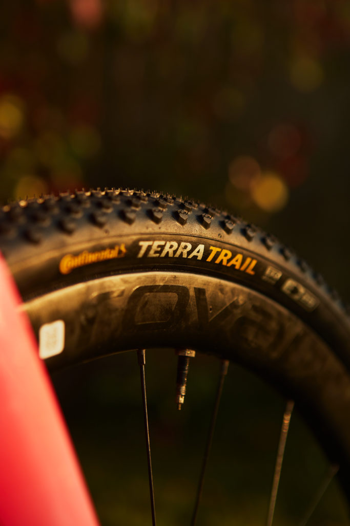 Fast rolling, gravel tyre with excellent grip - enter the 40mm continental terra trail gravel tyre.